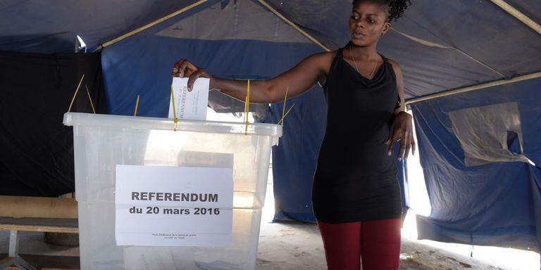 Sénégal : les quatre enseignements du référendum constitutionnel