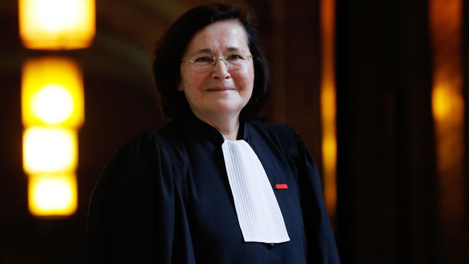 Barreau de Paris : Marie-Aimée Peyron, «Des professionnels du paraître»