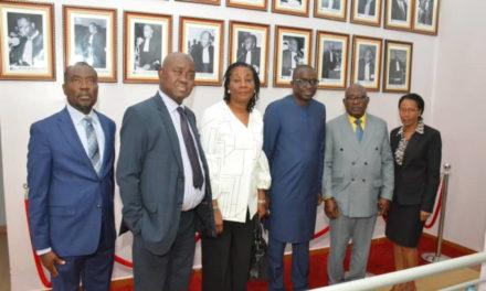 Visite de courtoisie de la délégation de la Cour de justice de la communauté CEDEAO à la Maison de l'Avocat du Sénégal